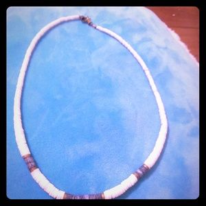 Vintage 1970's surfer girl pics shell necklace